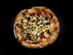 Pizza vegetariană image