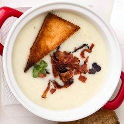 Supă cremă de cartofi cu speck image