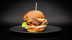 Oferta de Marți: Banquet Burger image