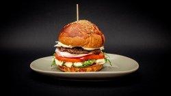 Oferta de Marți: Prosciutto Beef Burger image