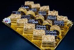 Platou mini prăjituri de casă image