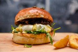 Camembert burger image