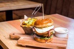 Holiday maker - egg&bacon burger image