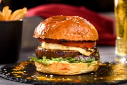 Haloumi Burger    image