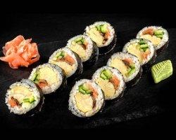 Futto Maki (Sushi Roll) image