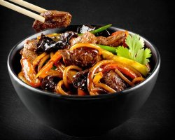 Noodles la wok cu vita image