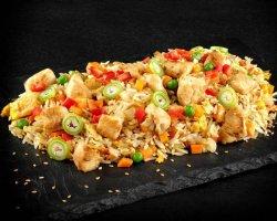 Orez la wok cu pui image