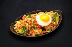 Orez la wok cu legume image