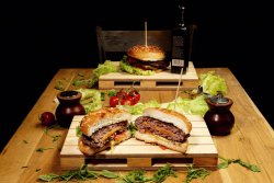 Happy Jucy Lucy image