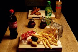 Meniu Cheese bites and Fries și sos Salsa Picant image