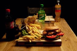 Meniu Happy Crispy Burger & Coke image