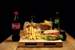 Meniu Happy Vegie Burger & Coke image