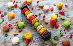 Cutie 9 Macarons mix image