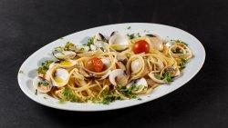 Spaghetti alle Vongole e Cozze image