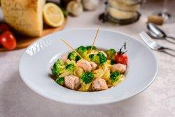 Tagliatelle cu Somon si broccoli image