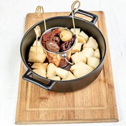 Parmigiano & Chili Olives 150 gr image