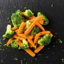 Baby morcovi cu broccoli image