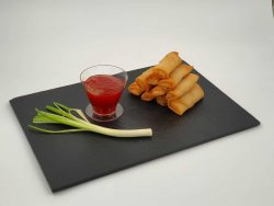 Pachețele de primăvară cu sos sweet chilli image