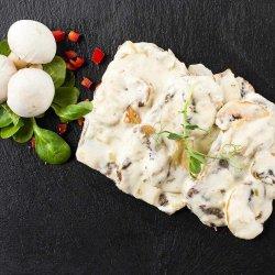 Vită în sos alb cu ciuperci image