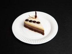 Felie tort trio ciocolate image