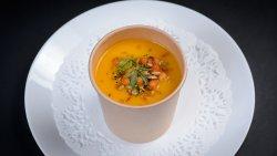 Supă cremă cu crutoane image