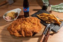 Ratatouille Schnitzel + cartofi + suc/apa image