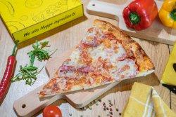 Pizza merit recompensă image