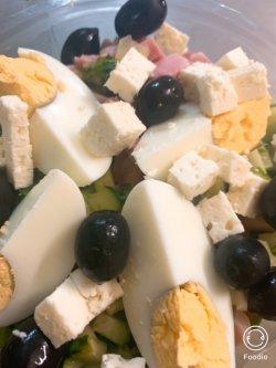 Salată bulgăreasca image