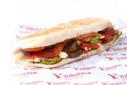Sandwich de post cu sote de ciuperci mare