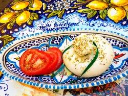 Burrata con pomodoro image
