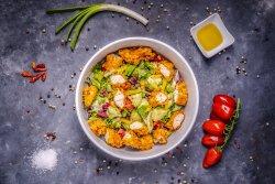 Salată Crispy de pui image