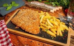 Meniu Șnițel de pui cu cartofi prăjiți image