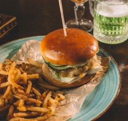 Charlie`s Burger image