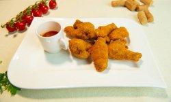 Aripioare crocante cu sos dulce de ardei iute  image