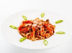 Spaghete picante cu pui