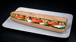 Sandwich tradițional cu feta image
