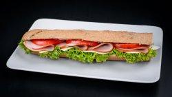 Sandwich tradițional cu șuncă image