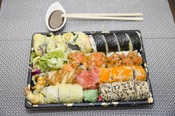 Maki combination for two (26 piese) image