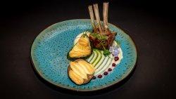 Cotlet de berbecuț (Irlanda)  la grătar,piure de țelină,vânătă și dovlecel gratinate image
