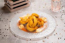 Calamari tempura cu sos aioli image