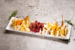 Platou brânzeturi  -pentru 2 persoane image