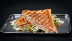 Sandwich șuncă și cașcaval image