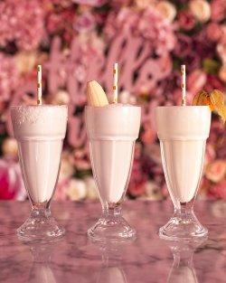Banana milkshake image