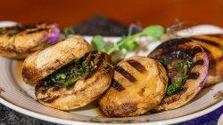 Ciuperci la grătar / Grilled Mushrooms image