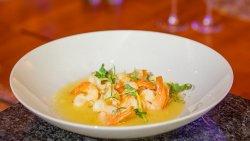 Cozi de creveți cu sos de unt / Shrimps Tales with Butter Sauce image