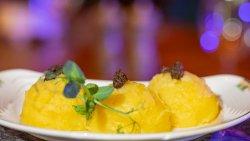 Piure de cartofi cu ulei de trufe/ Mashed Potatoes with Truffle Oil image