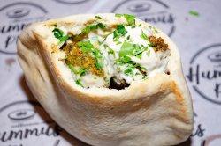 Pita cu falafel (vegetarian) image
