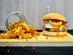 Burgerul vikingilor  + french fries image
