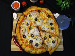Pizza Quattro Stagioni + Coca Cola image