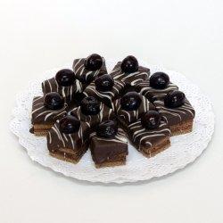 Mini amandină cu ciocolată